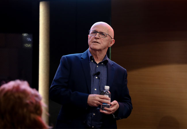Terry Ryder